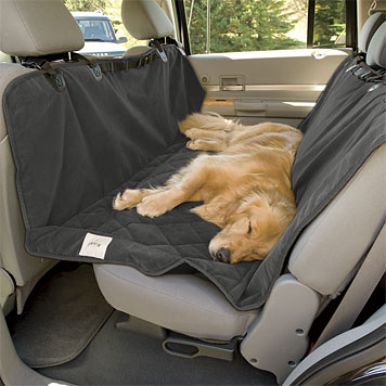 how to dog proof your car during road trips how to 39 s. Black Bedroom Furniture Sets. Home Design Ideas