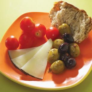 healthy snack - Mediterannean Picnic
