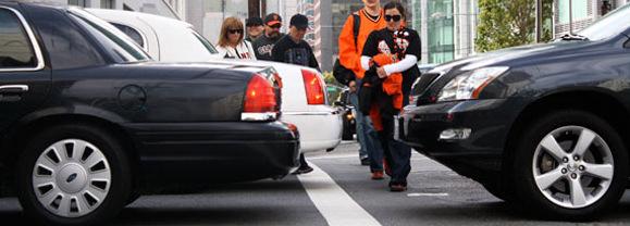 pedestrian-blocking-crosswalk-rights