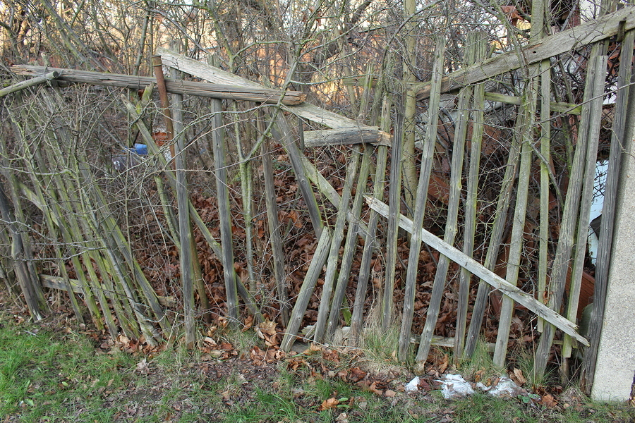 Auto Insurance - Dilapidated fence
