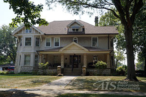Special Homeowners Insurance Considerations for Older Buildings