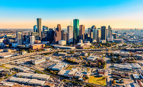 Here's Why Everyone is Moving to Texas and How AIS Can Help